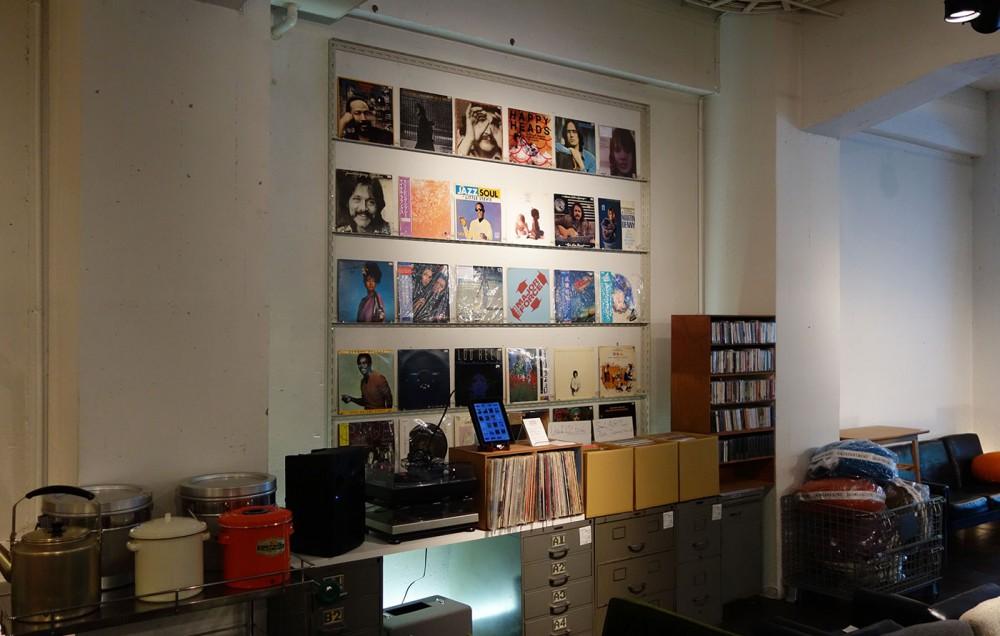 LPレコードが壁面のアートに